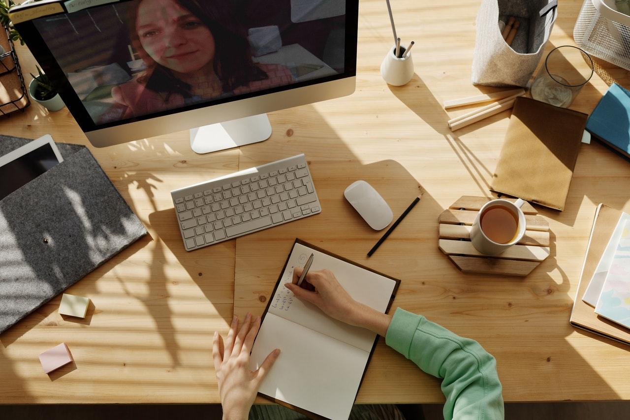 woman working at desktop